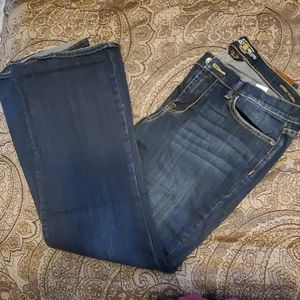 Lucky Brand Jean's sweet n low boot cut Jean's 12